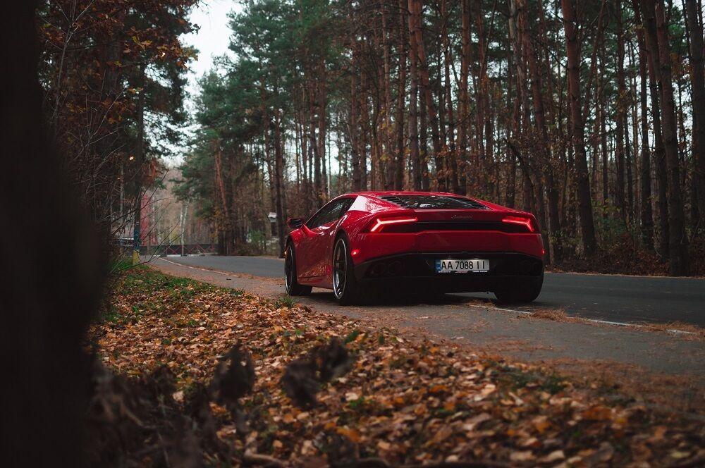 Этот же Lamborghini до аварии.