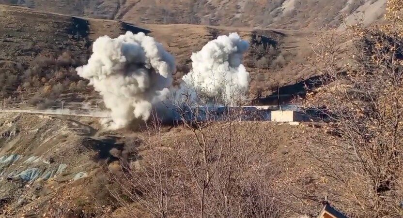 В Кельбаджарском районе подорвали воинскую часть.