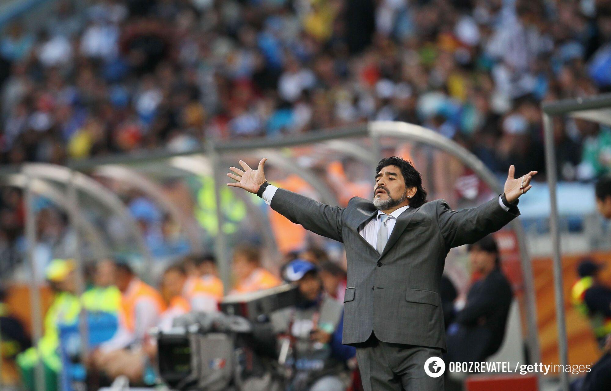 Марадона на матче КМ-2010 Аргентина - Германия