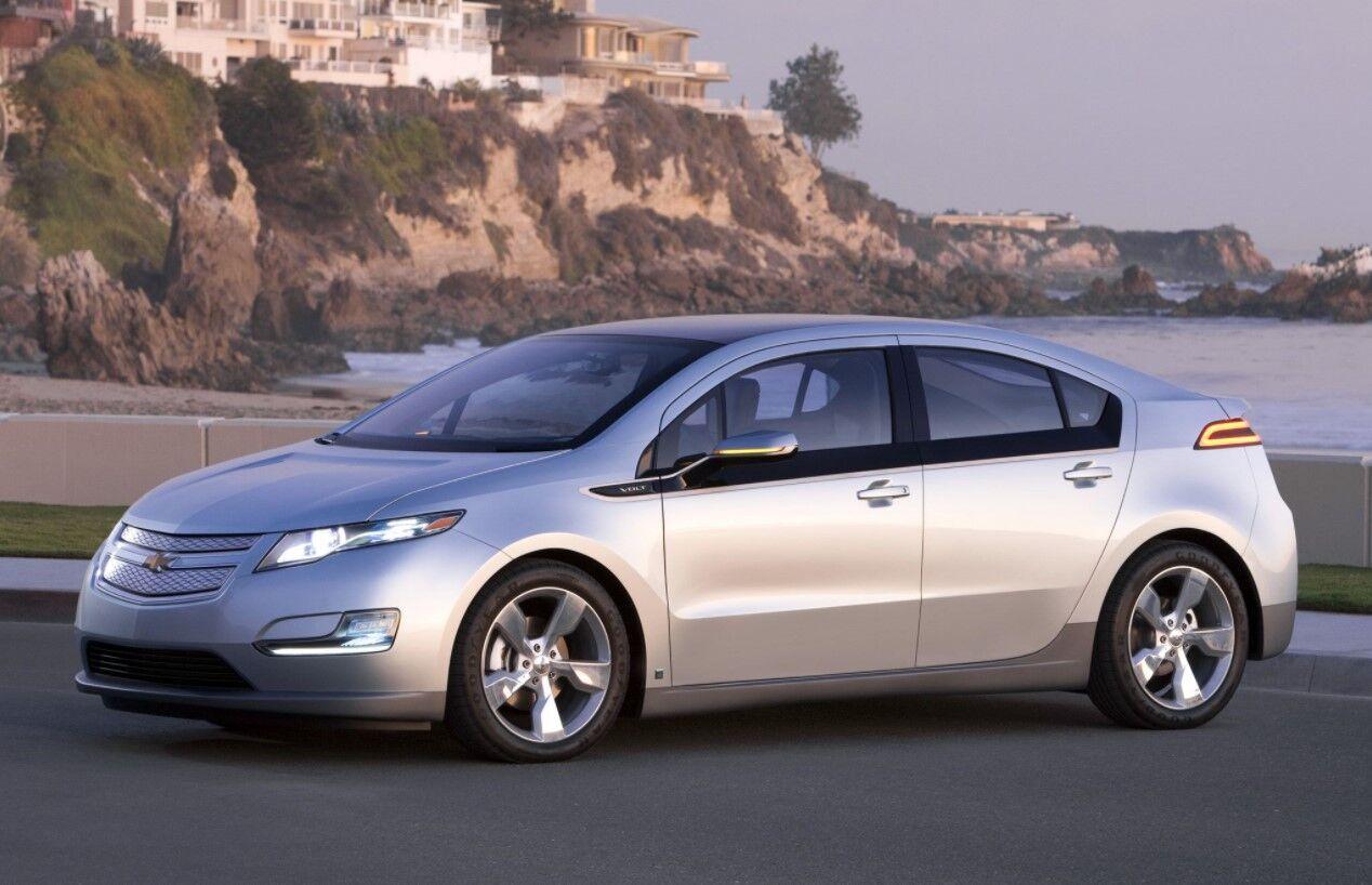 Более 10 лет назад Chevrolet Volt показал движение GM к электричеству.