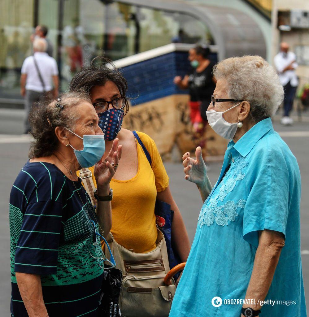 Багато українок доглядає італійців похилого віку без оформлення на роботу