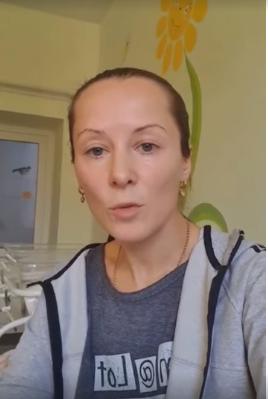 Ірина Поляк-Петренко з боєм госпіталізувала дочку в міську лікарню
