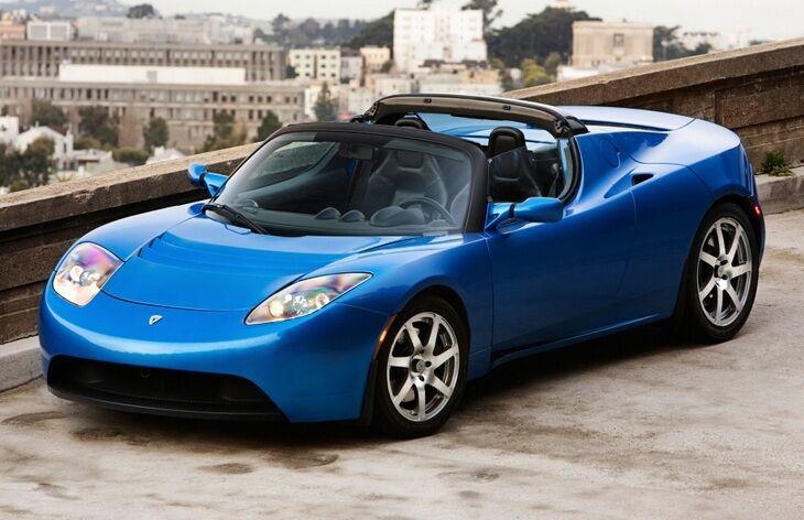 Roadster – первая машина компании Tesla.