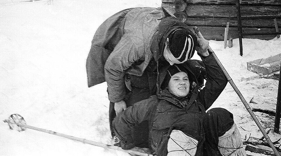 Юрий Юдин с подругой во время похода