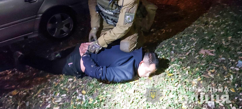 Один із затриманих раніше притягувався до кримінальної відповідальності