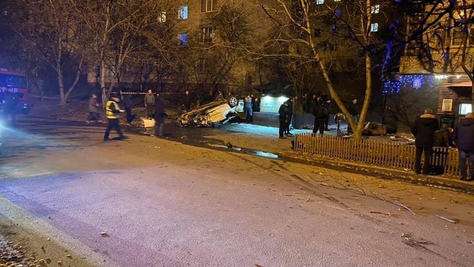 В результате погибли две человека, еще двое пострадали