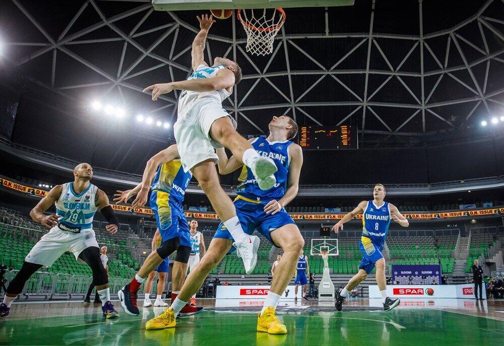 Наши баскетболисты пытались сократить отставание