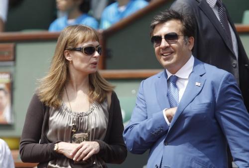 Рулофс познакомилась с Саакашвили в 1993 году