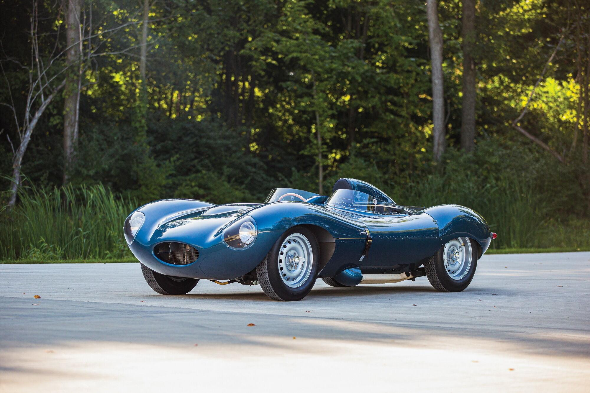 D-Type 1955 года продали за $1 325 000