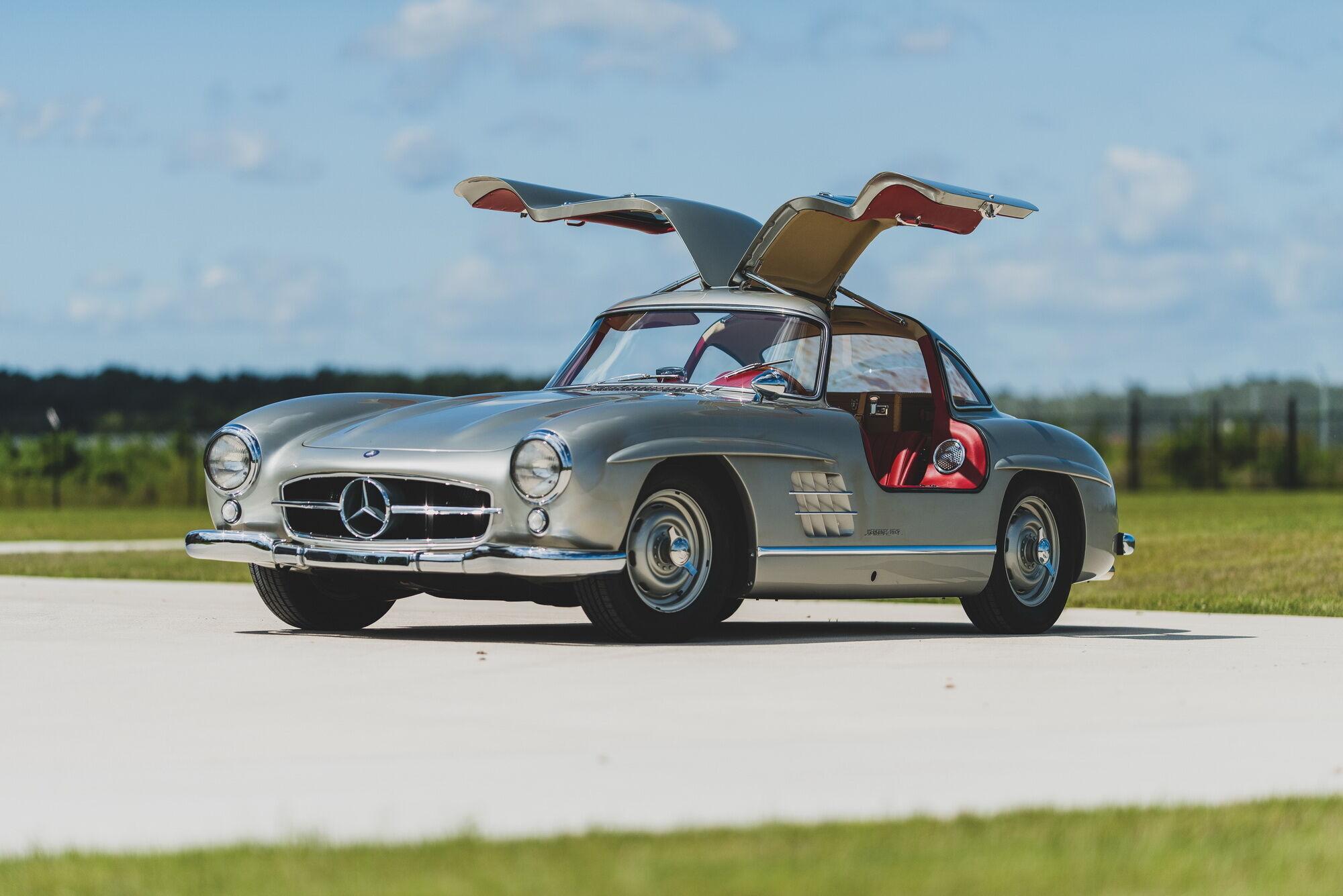 1955 Mercedes-Benz 300 SL Gullwing – $1 495 500