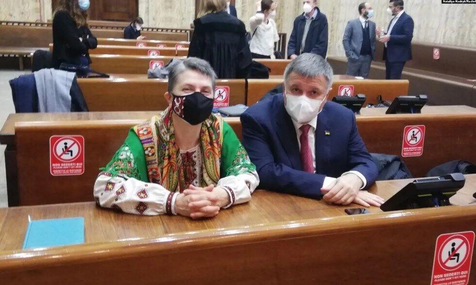 Мама Маркива и глава МВД Арсен Аваков.
