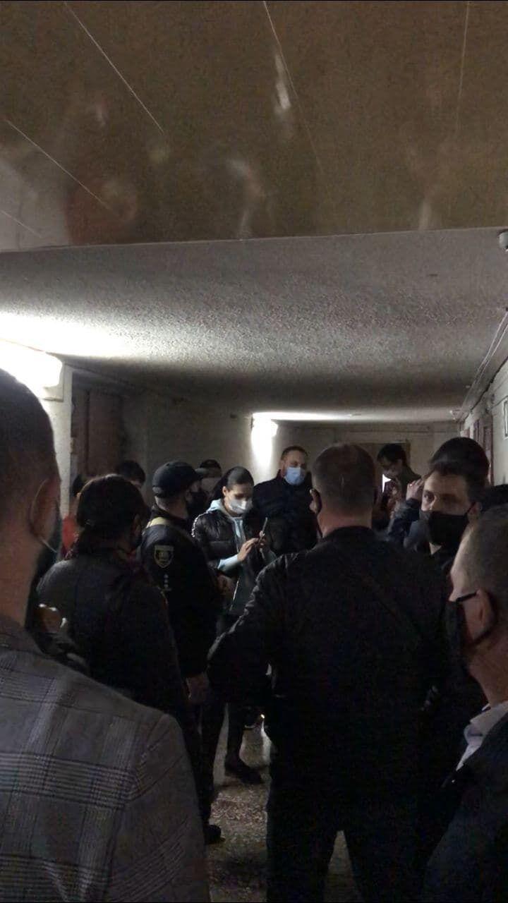 ОПЗЖ у Маріуполі заблокувала роботу міської виборчої комісії
