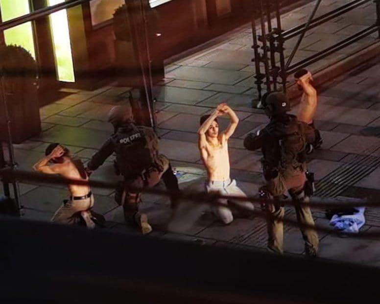 Полиция задержала четверых террористов на площади Грабен