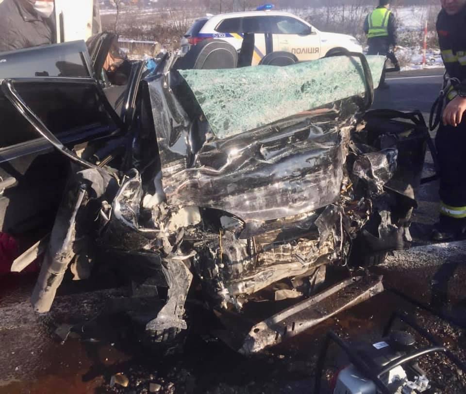 Унаслідок аварії п'ять людей загинули