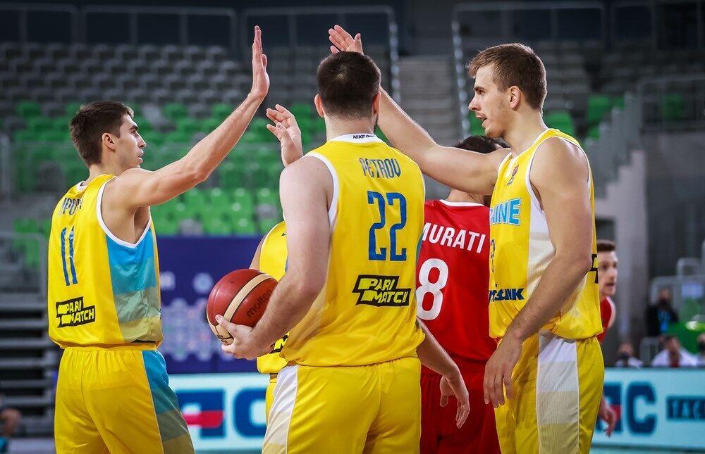 Украинцы показали командную игру.