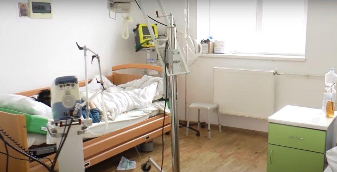 Пациенты с коронавирусом в больнице.