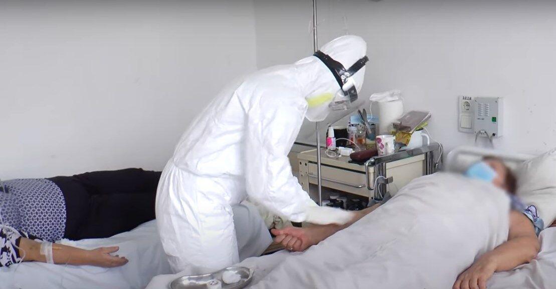 В больнице не хватает врачей для лечения пациентов с коронавирусом.