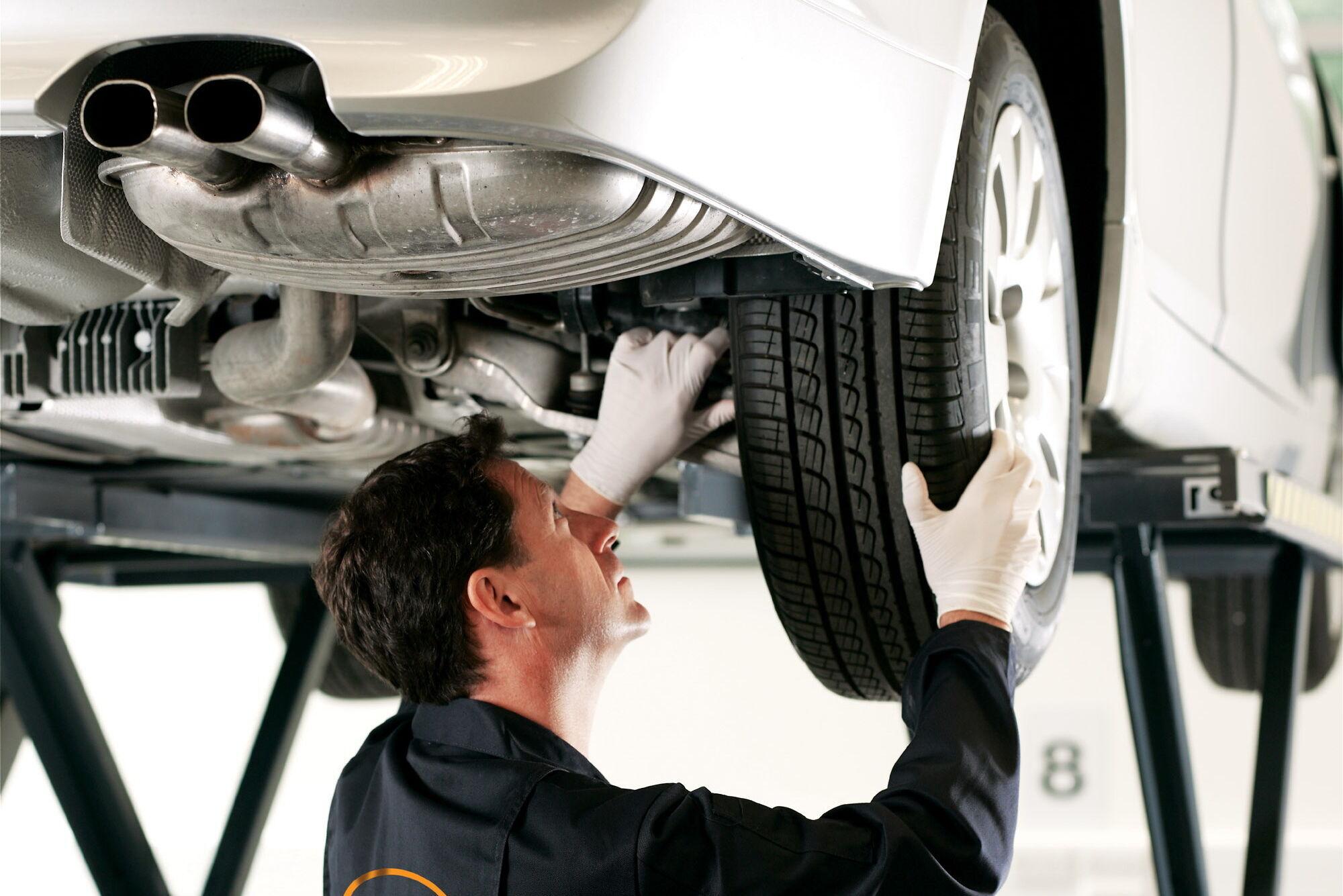 Обслуговання та ремонт рульового керування