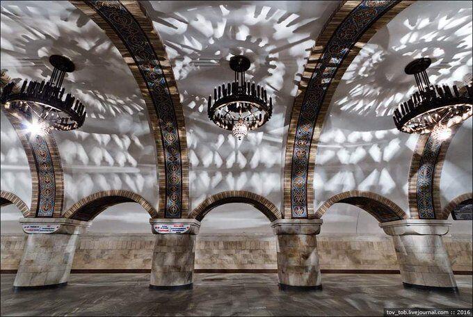 """На станции """"Золотые ворота"""" включат необычную иллюминацию"""