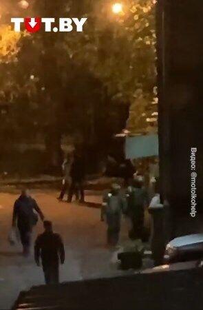 Силовики идут проводить обыски у Багинской.