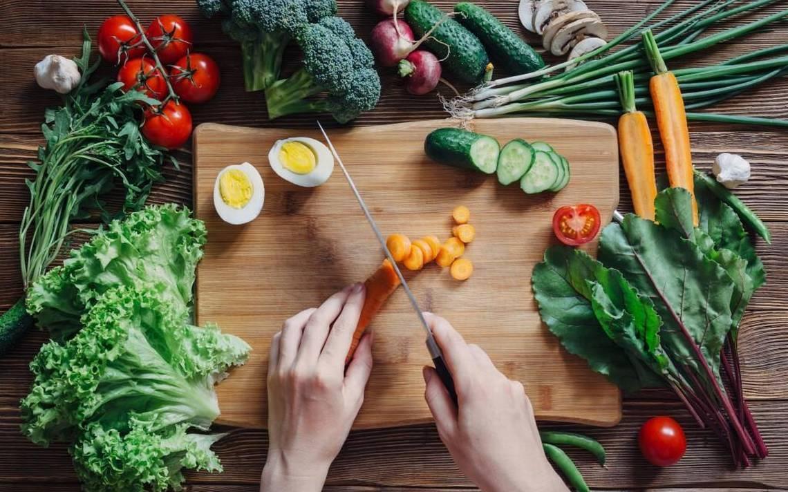 Здоровая еда - залог крепкого иммунитета .
