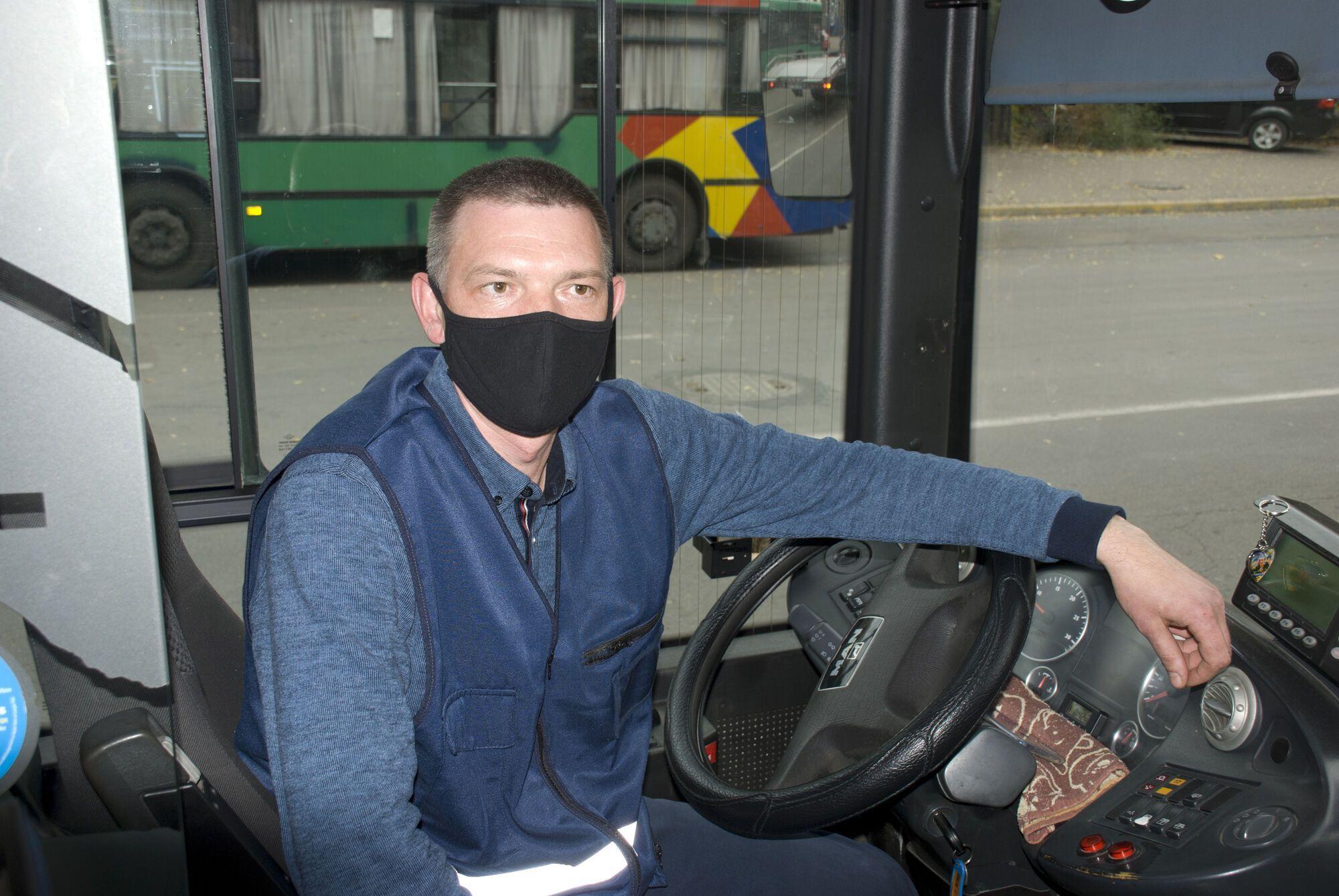 Евгений Сотников водитель автобуса большой вместимости на 43 маршруте