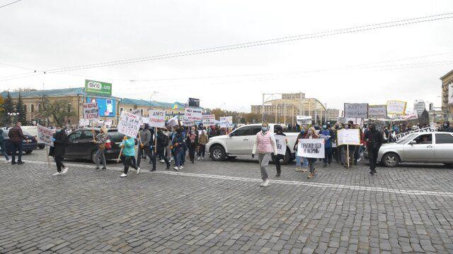 Чиновники не схотіли розмовляти з протестувальниками