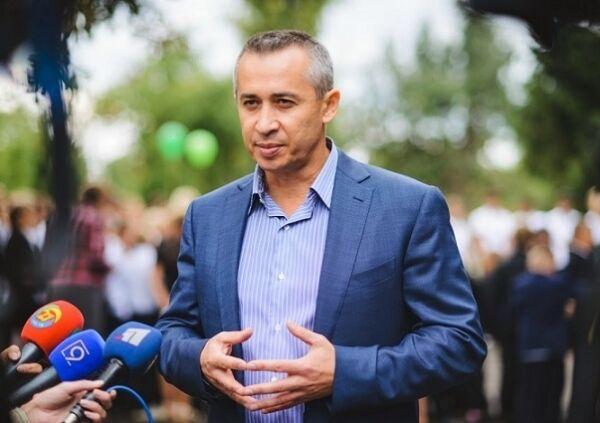 В вузах Днепра в пользу Краснова скупали голоса студентов