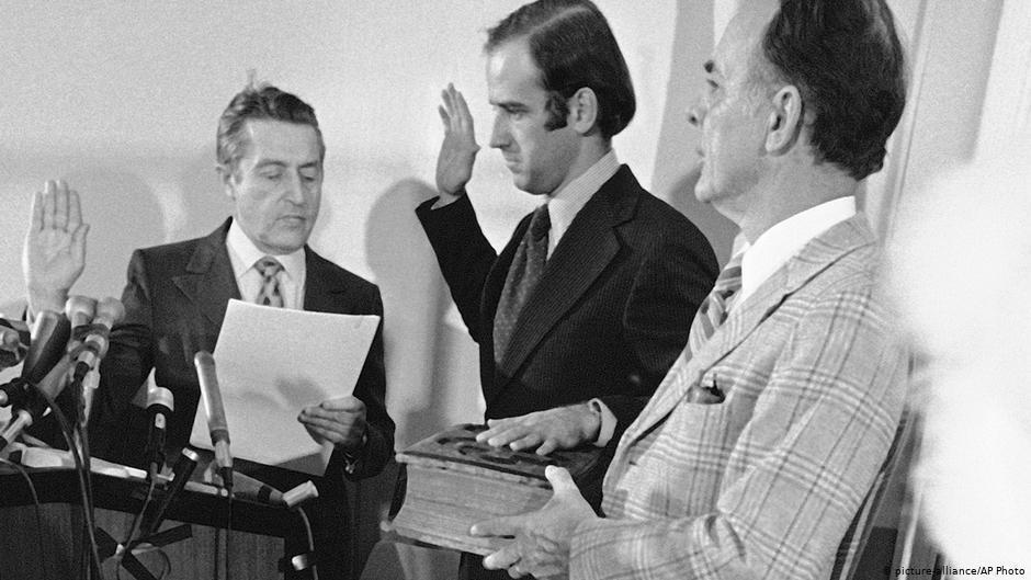 Джо Байден складає сенаторську присягу в лікарні, 1973 рік