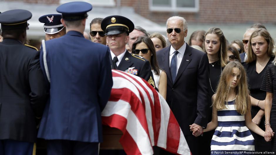 Джо Байден під час похорону сина Бо, 6 червня 2015 року