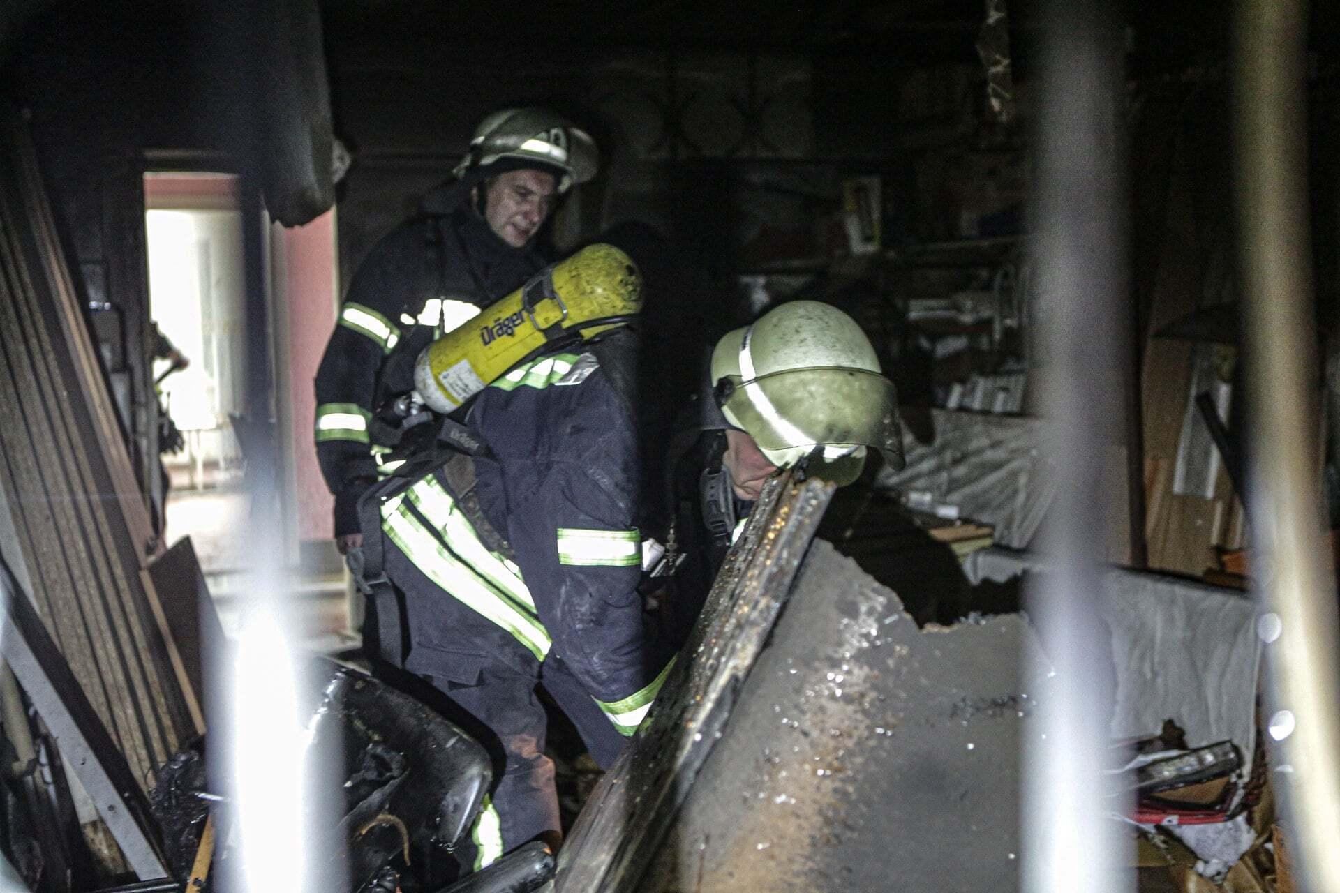 Пожарные на месте ЧП.