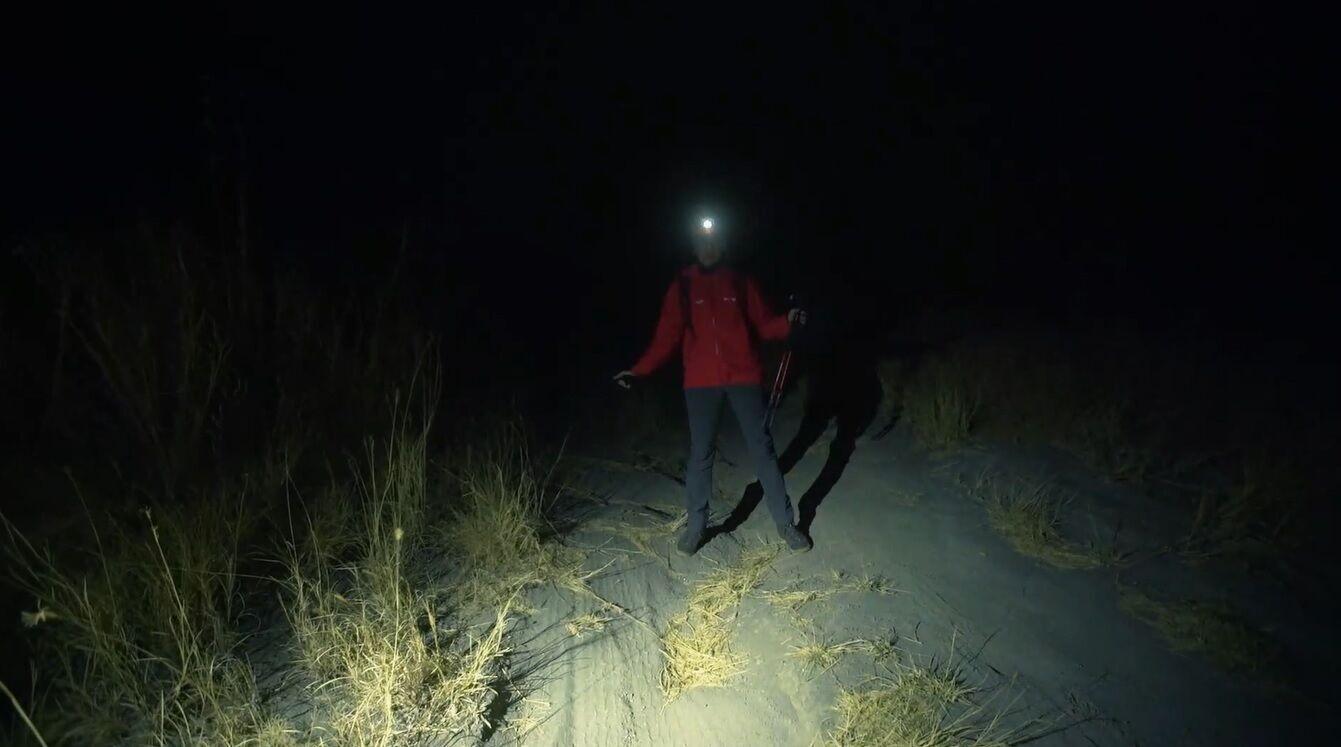 """Ведущая """"Орла и Решки"""" поднялась на действующий вулкан ночью"""