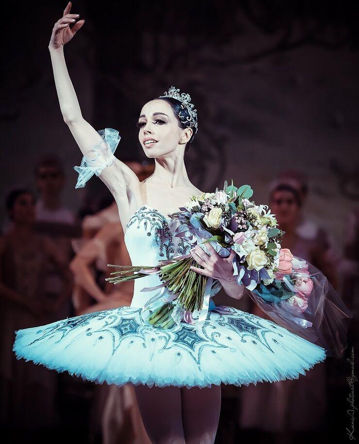 Выступление примы-балерины Екатерины Кухар.