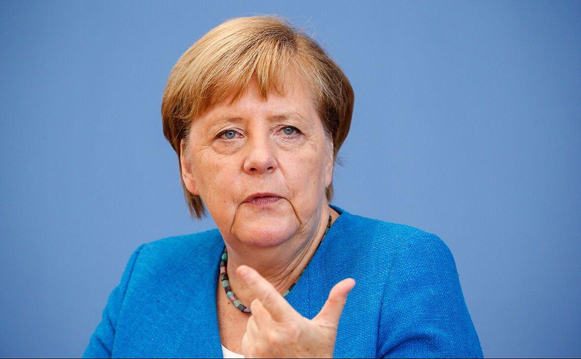 Ангела Меркель призвала немцев к осторожности из-за коронавируса