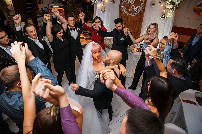 Юрій Толочко і Марго виконали весільний танець