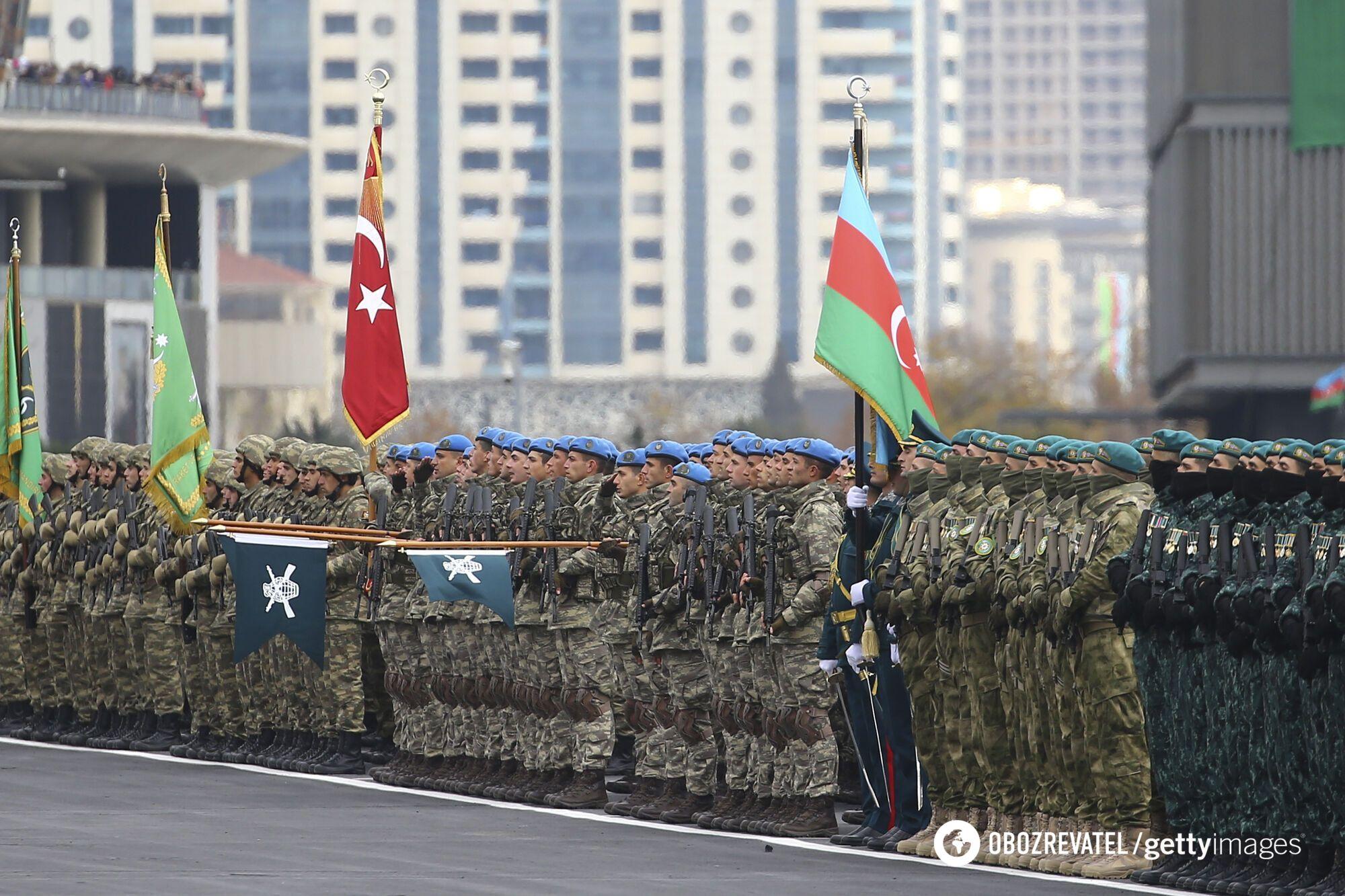 У параді взяли участь понад 3 тисяч військових