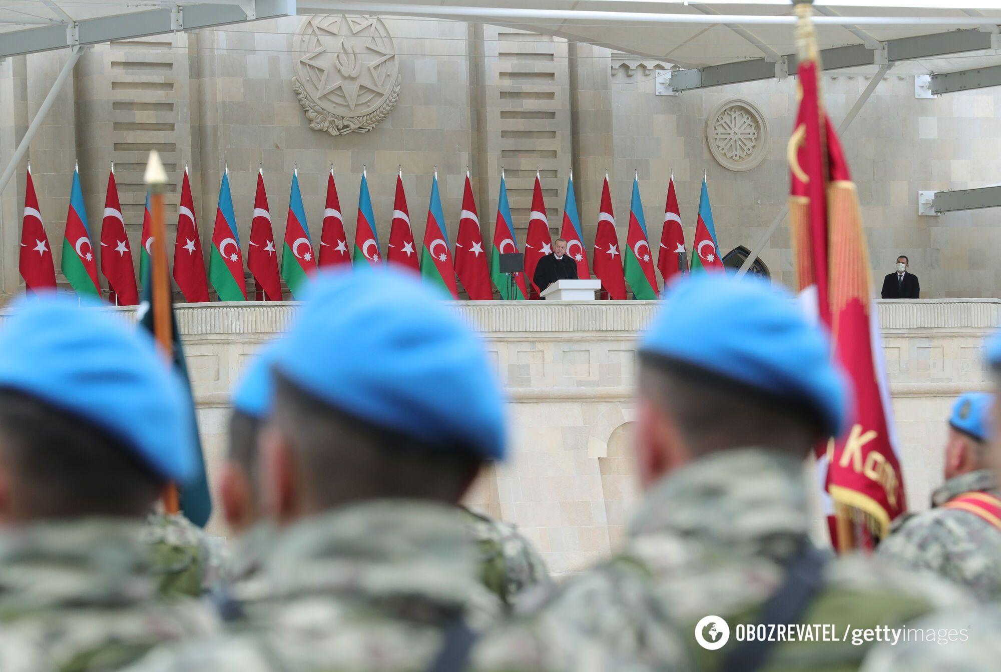 Були продемонстровані близько 150 одиниць військової техніки