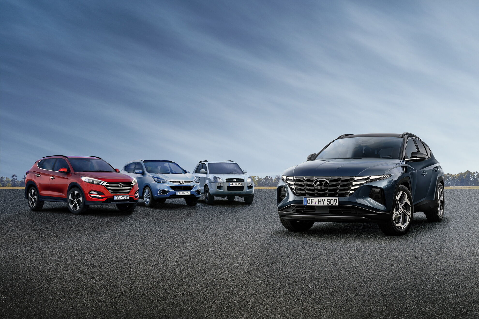 Новый Hyundai Tucson и три поколения предшественников