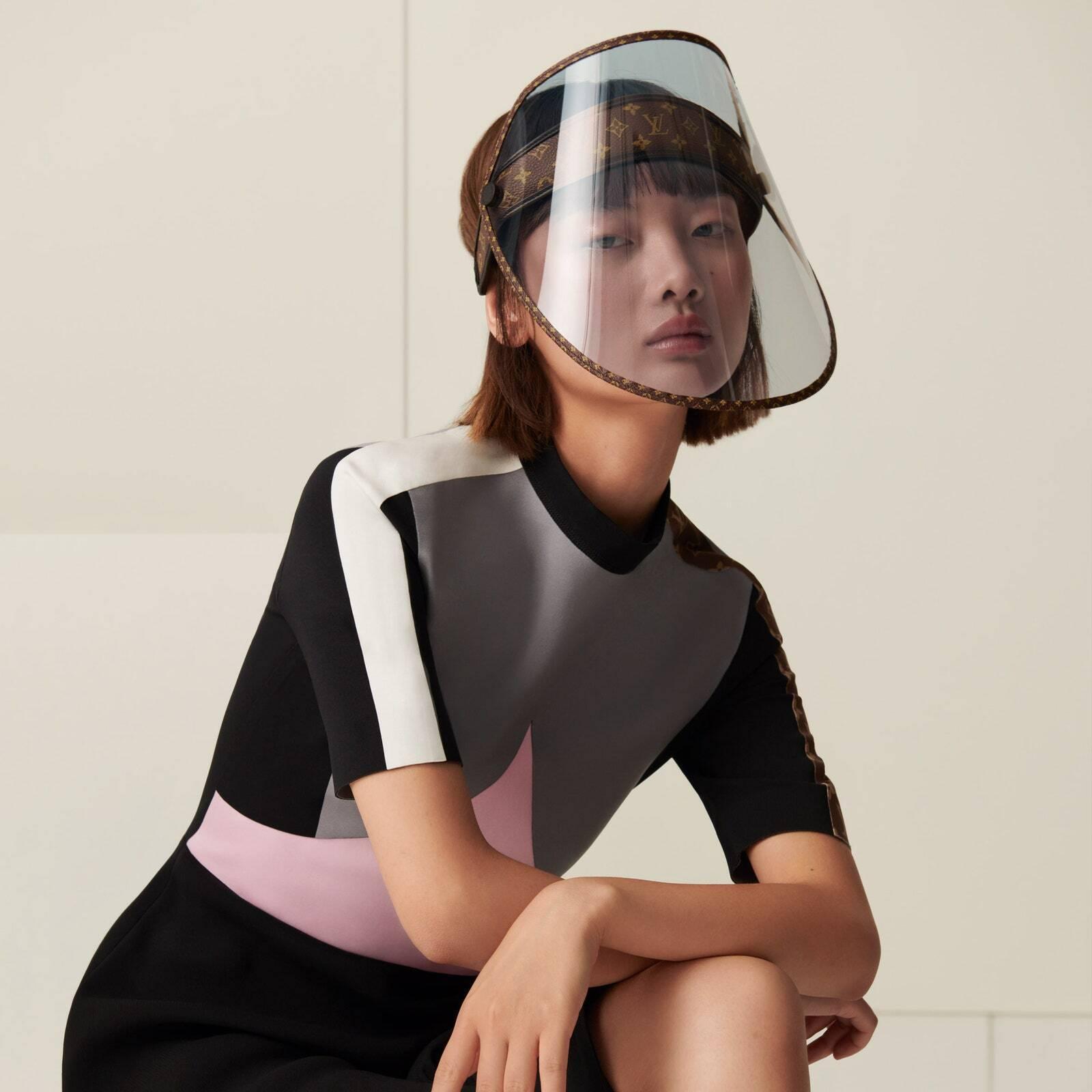 Щит для обличчя Louis Vuitton