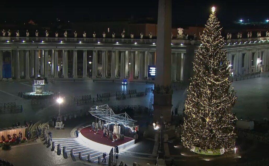 Главная елка Ватикана.