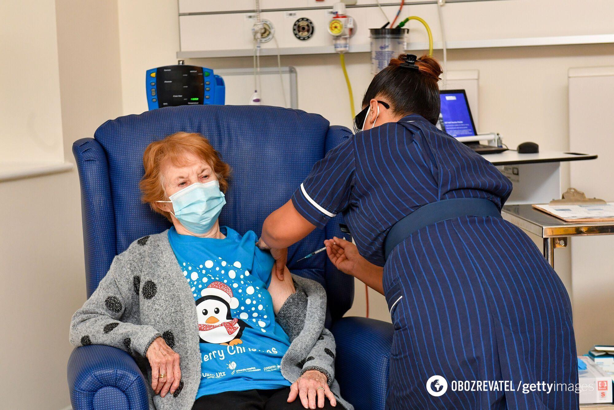 В Великобритании 8 декабря началась вакцинация от коронавируса.