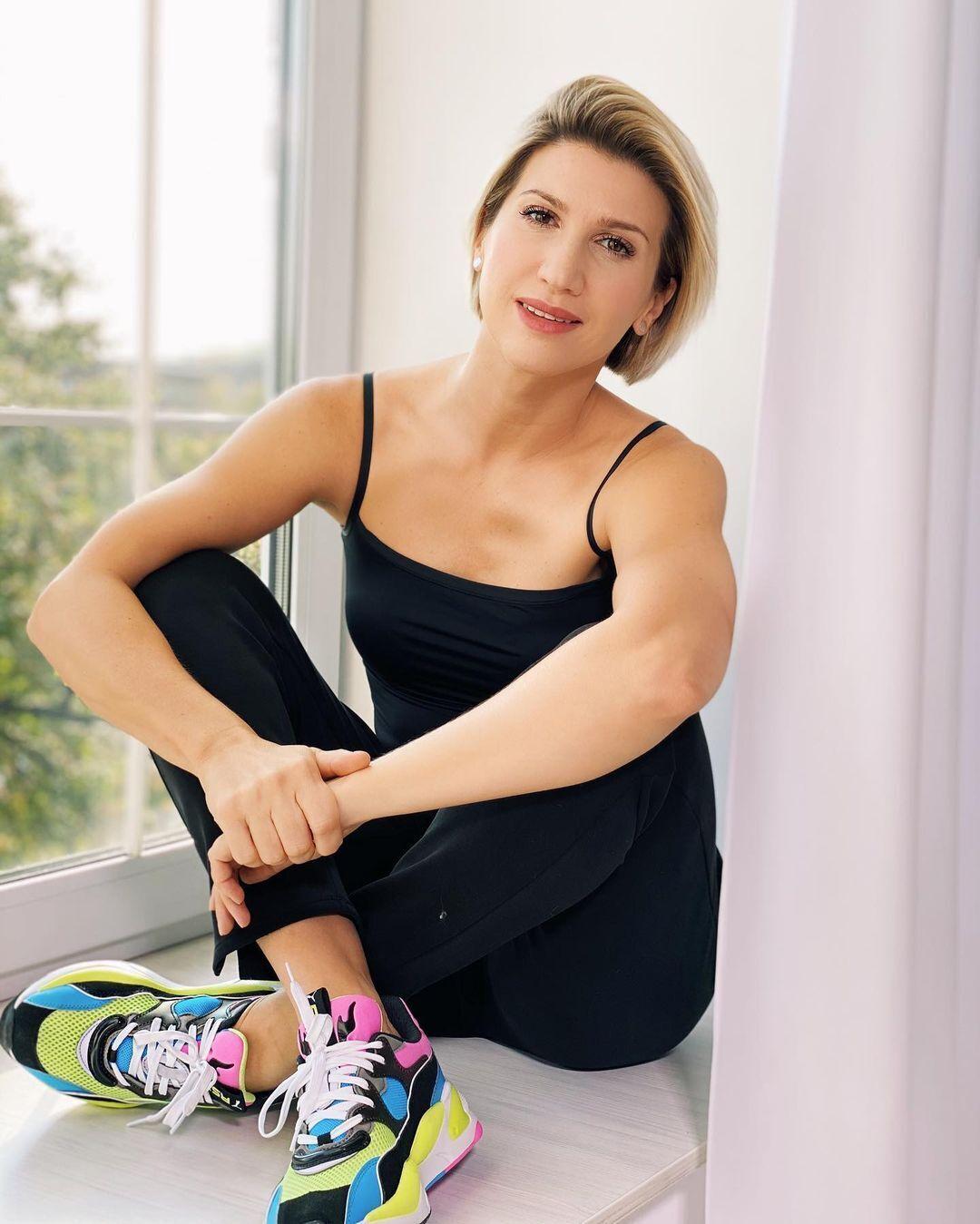 Анита Луценко во время фотосессии.