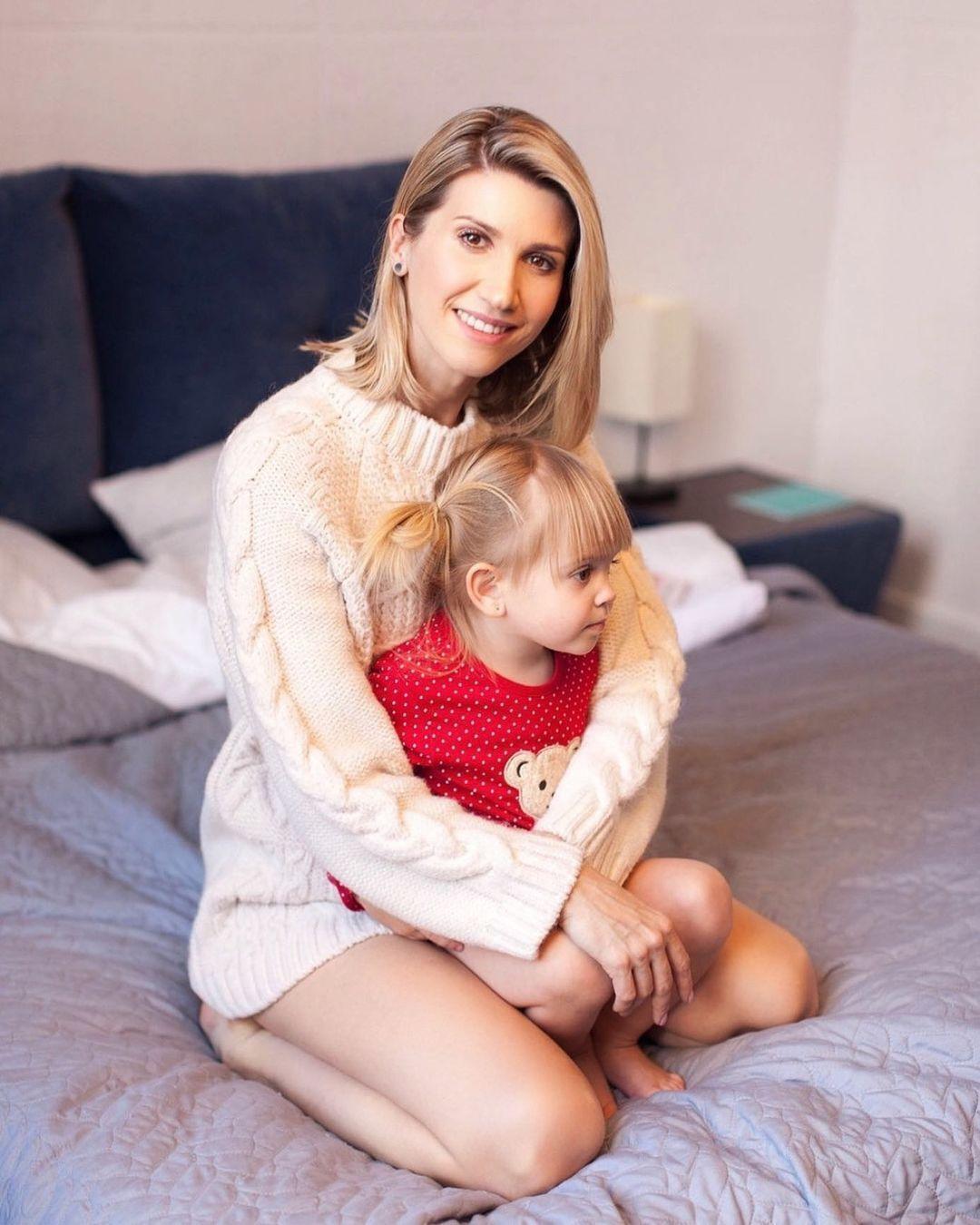 Анита Луценко с дочерью.
