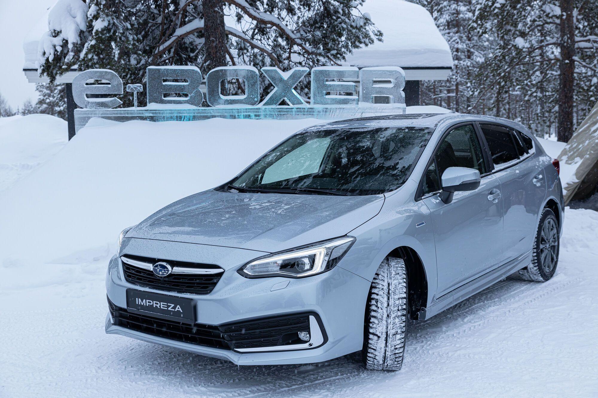 Subaru Impreza e-Boxer з технологією mild hybrid здатна пересуватися на електротязі на швидкості до 40 км/год