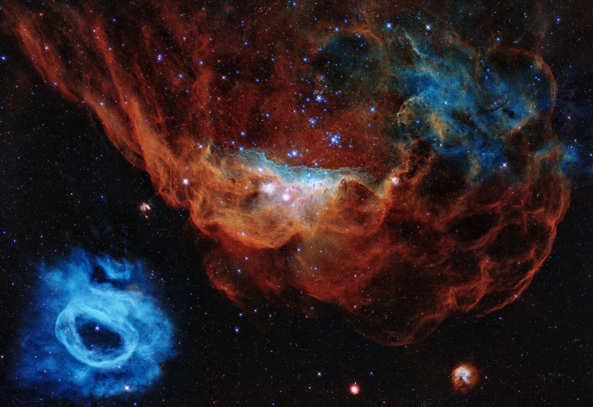 Снимок сделал телескоп.