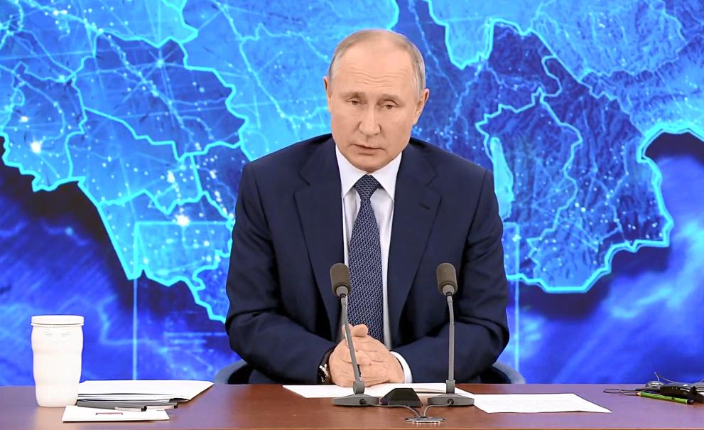 Володимир Путін обурився через санкції проти окупованого Криму.
