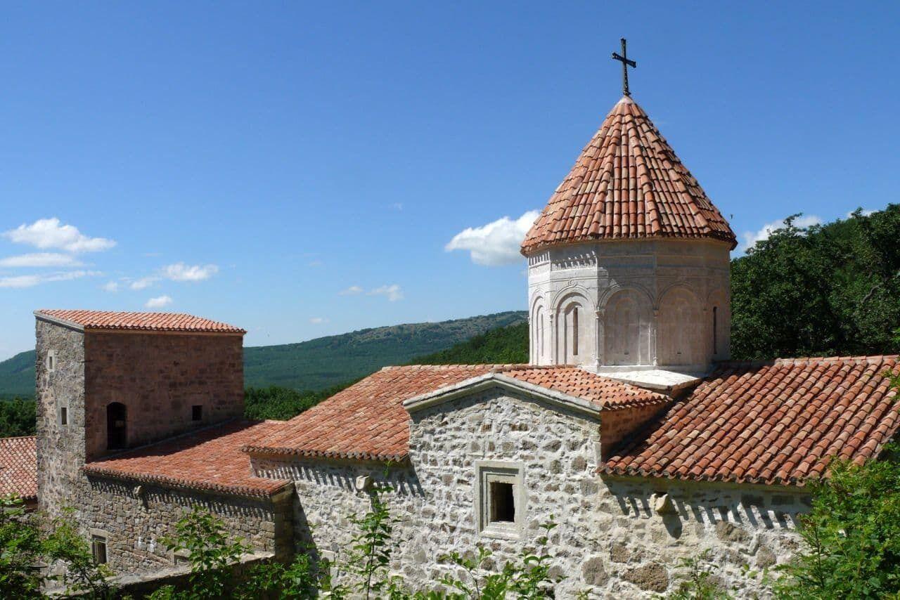 Албанский монастырь Сурб-Хач в Крыму