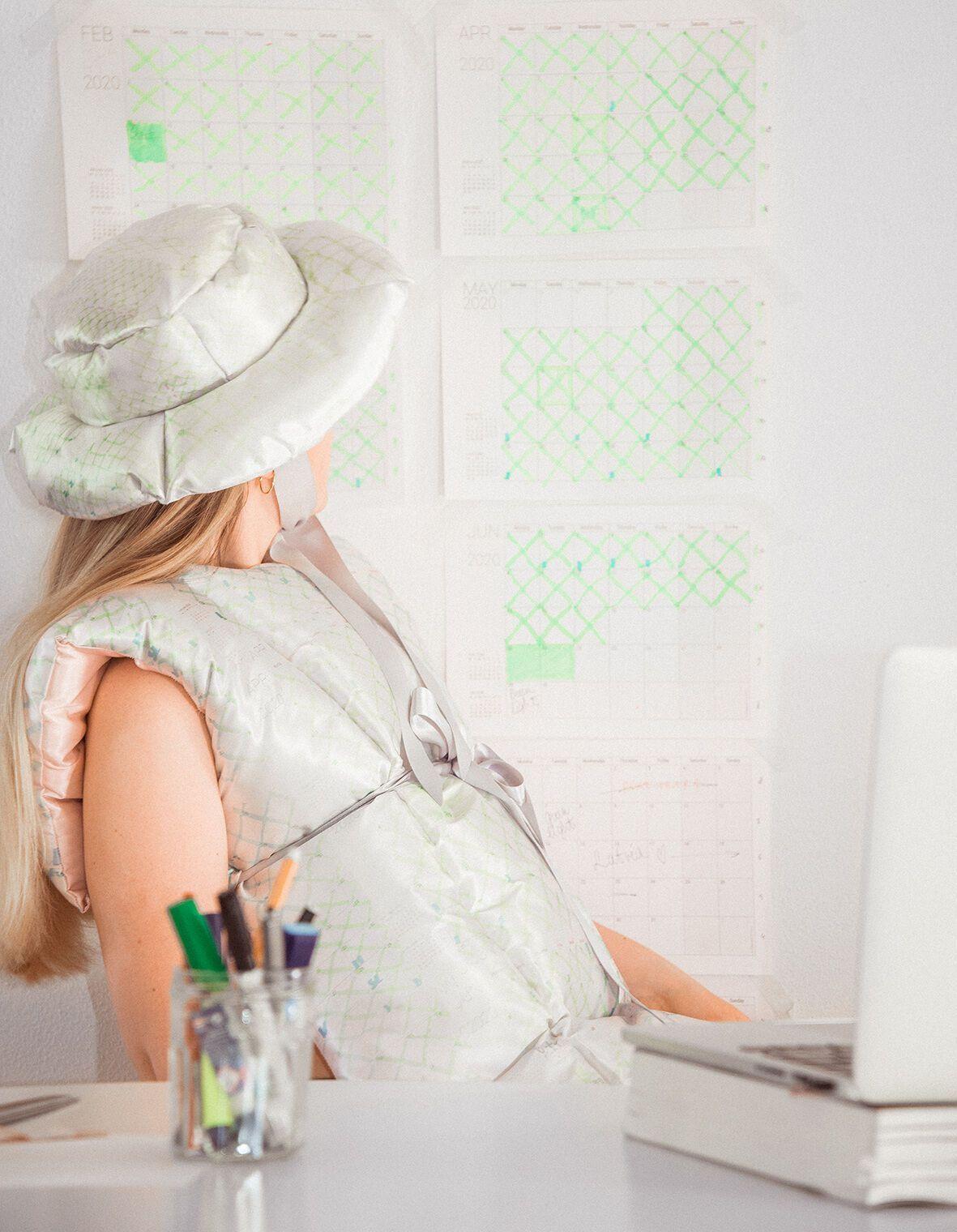 Капсульна колекція одягу для самоізоляції