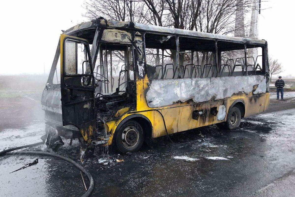 Возгорание произошло в моторном отсеке автобуса