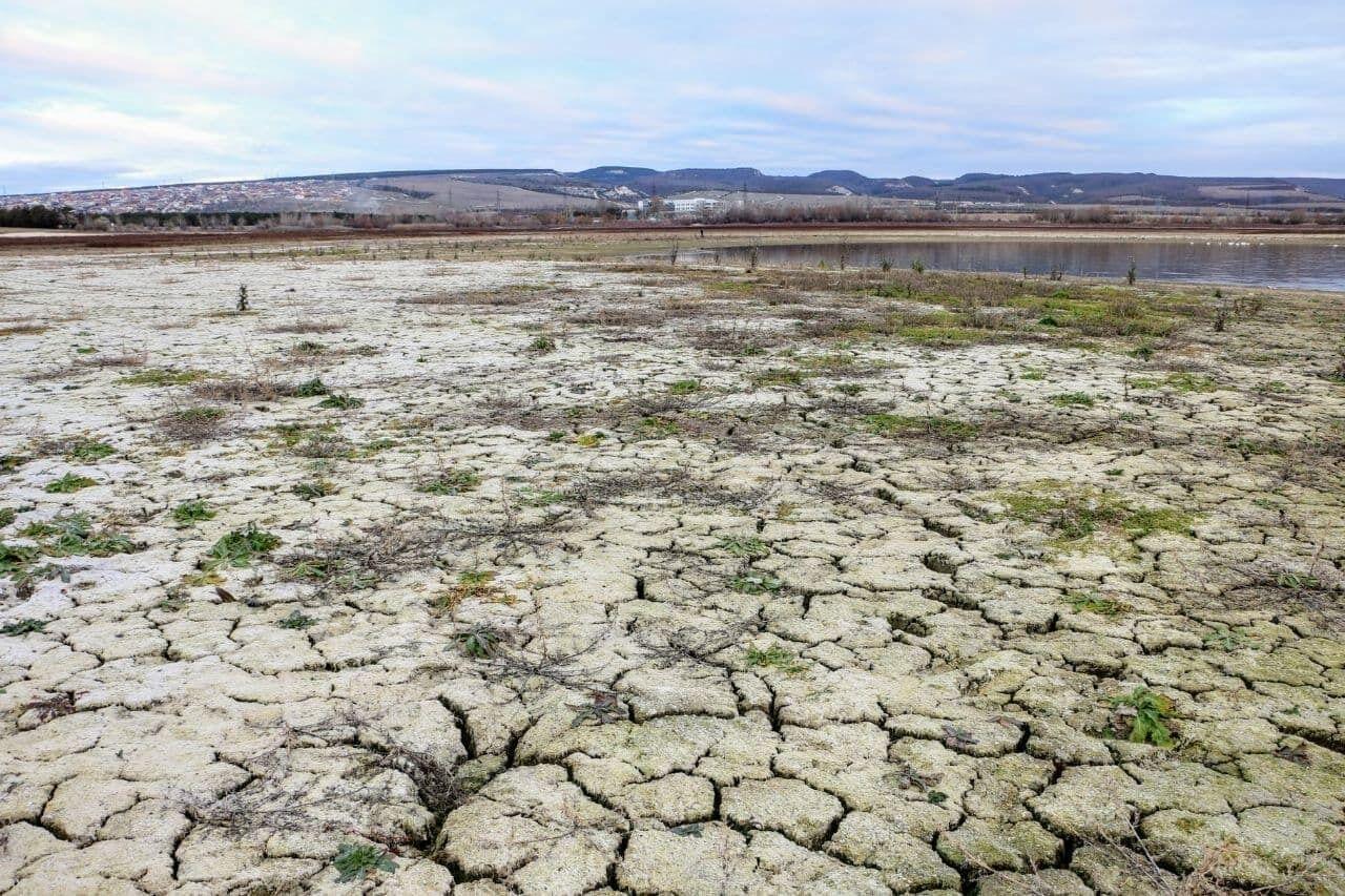 Проблемы Крыма с водой особенно заметны по внешнему виду водохранилищ полуострова